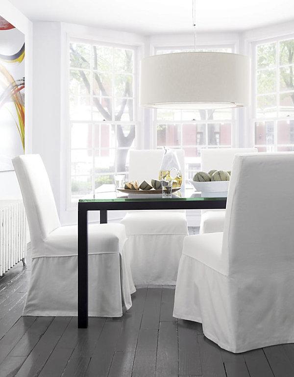 Прямоугольный длинный стол из закалённого стекла  Parsons от Crate & Barrel