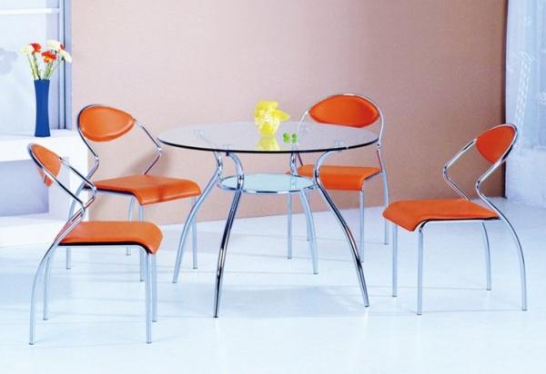 Круглый обеденный стол из закалённого стекла Chintaly Sabrina от AllModern