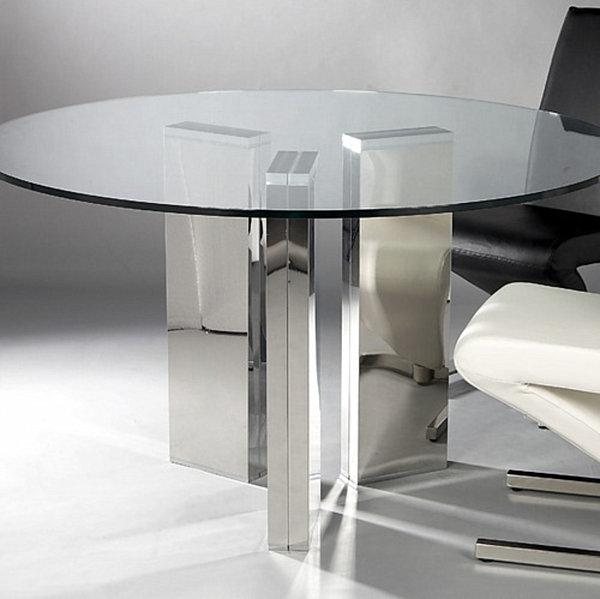 Круглый обеденный стол из закалённого стекла Silverado от CB2