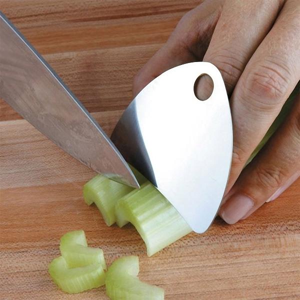 Специальная пластина-защита для пальцев