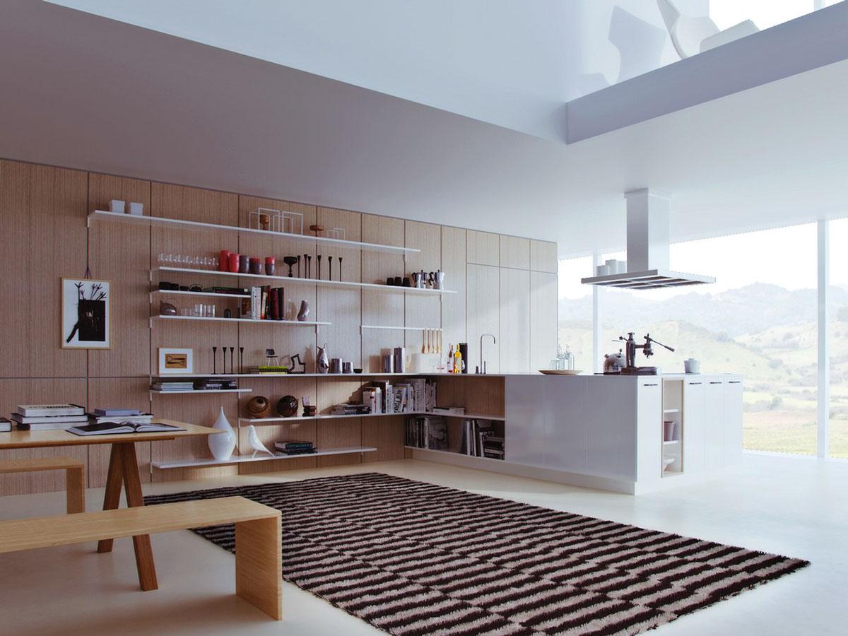 Светлый интерьер кухни, совмещённой с гостиной