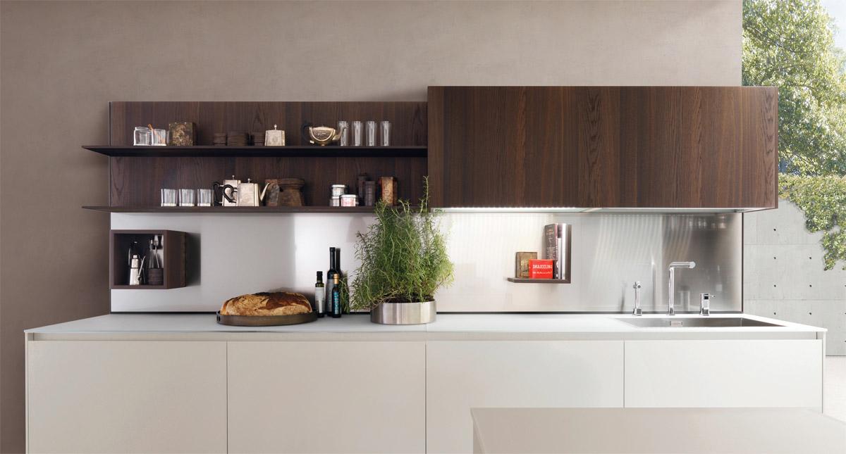 Нежные кофейные стены в интерьере кухни