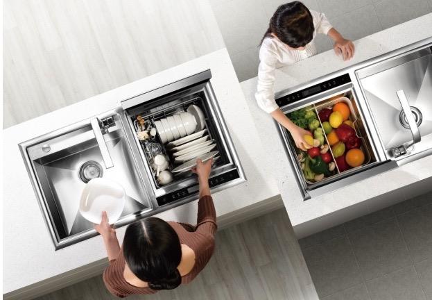 Современная бытовая техника кухни - встроенная раковина и посудомоечная машина
