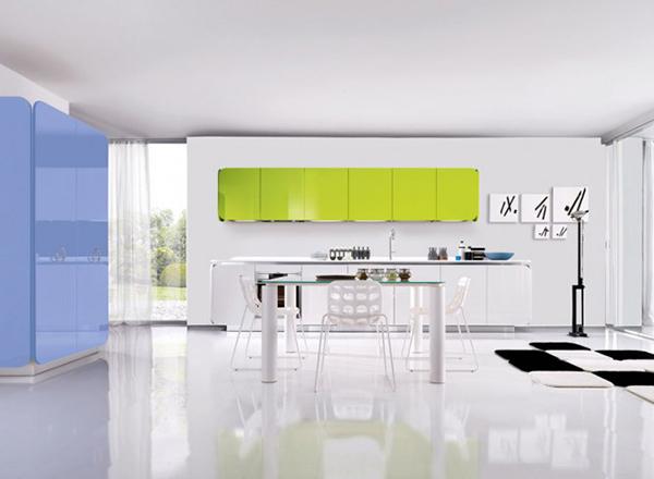 Современная мебель для кухни: голубой шкаф
