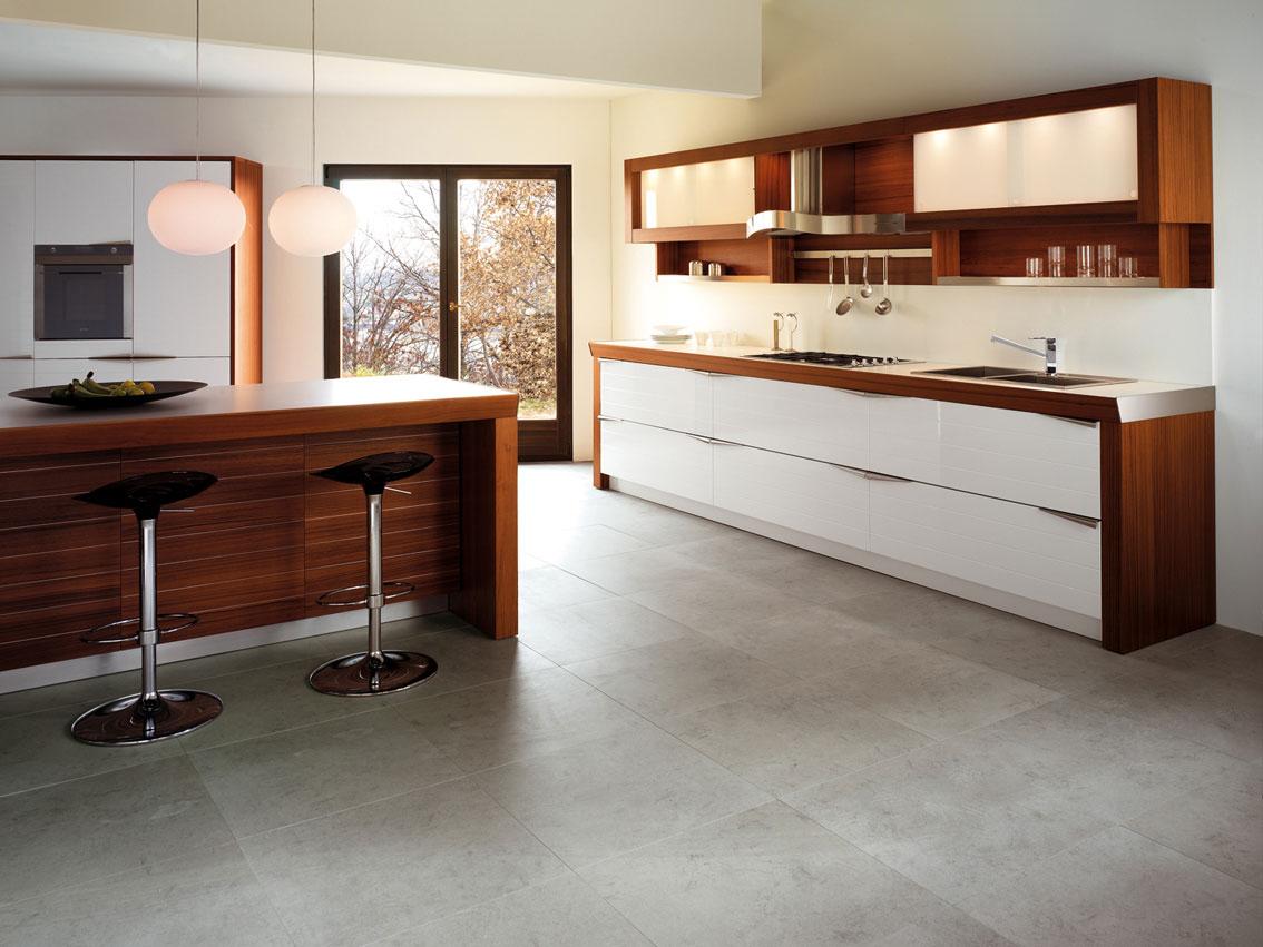 Современный дизайн кухонного гарнитура: деревянный кухонный остров