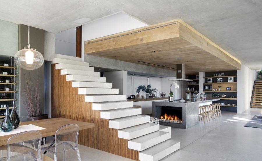 Современные тенденции в дизайне кухни в вашем доме - модель Glen 2961 с камином от Saota