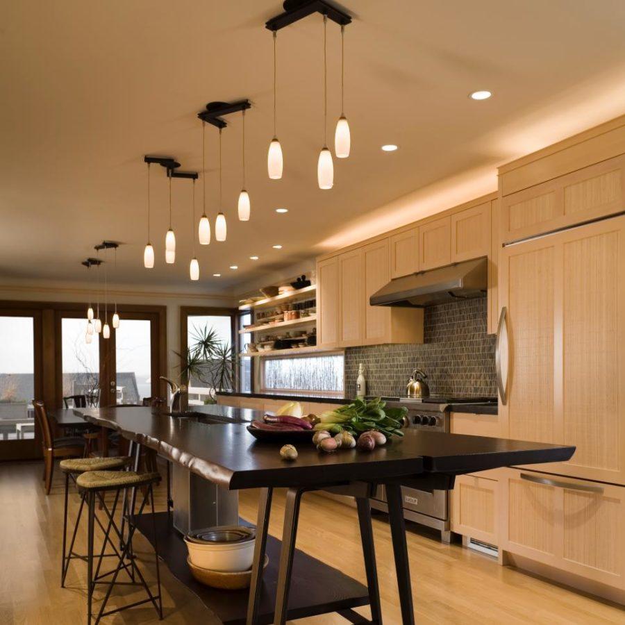 Современные тенденции в дизайне кухни в вашем доме - тёплые цвета