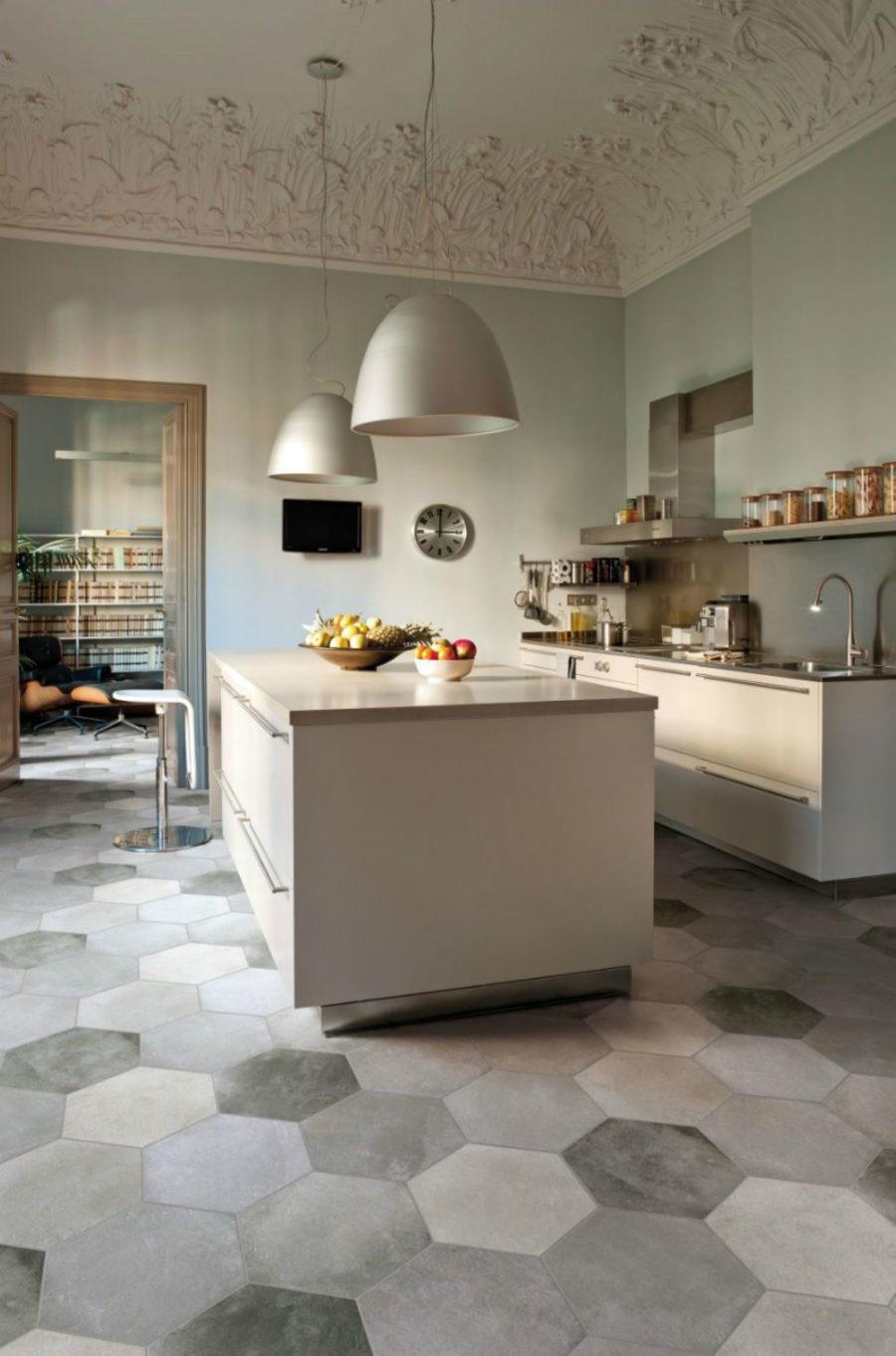 Современные тенденции в дизайне кухни в вашем доме - лепной потолок