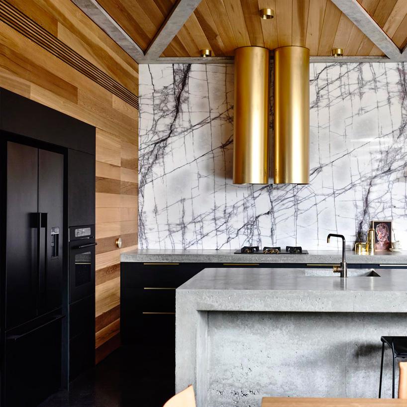 Современные тенденции в дизайне кухни в вашем доме - вытяжка в форме трубы