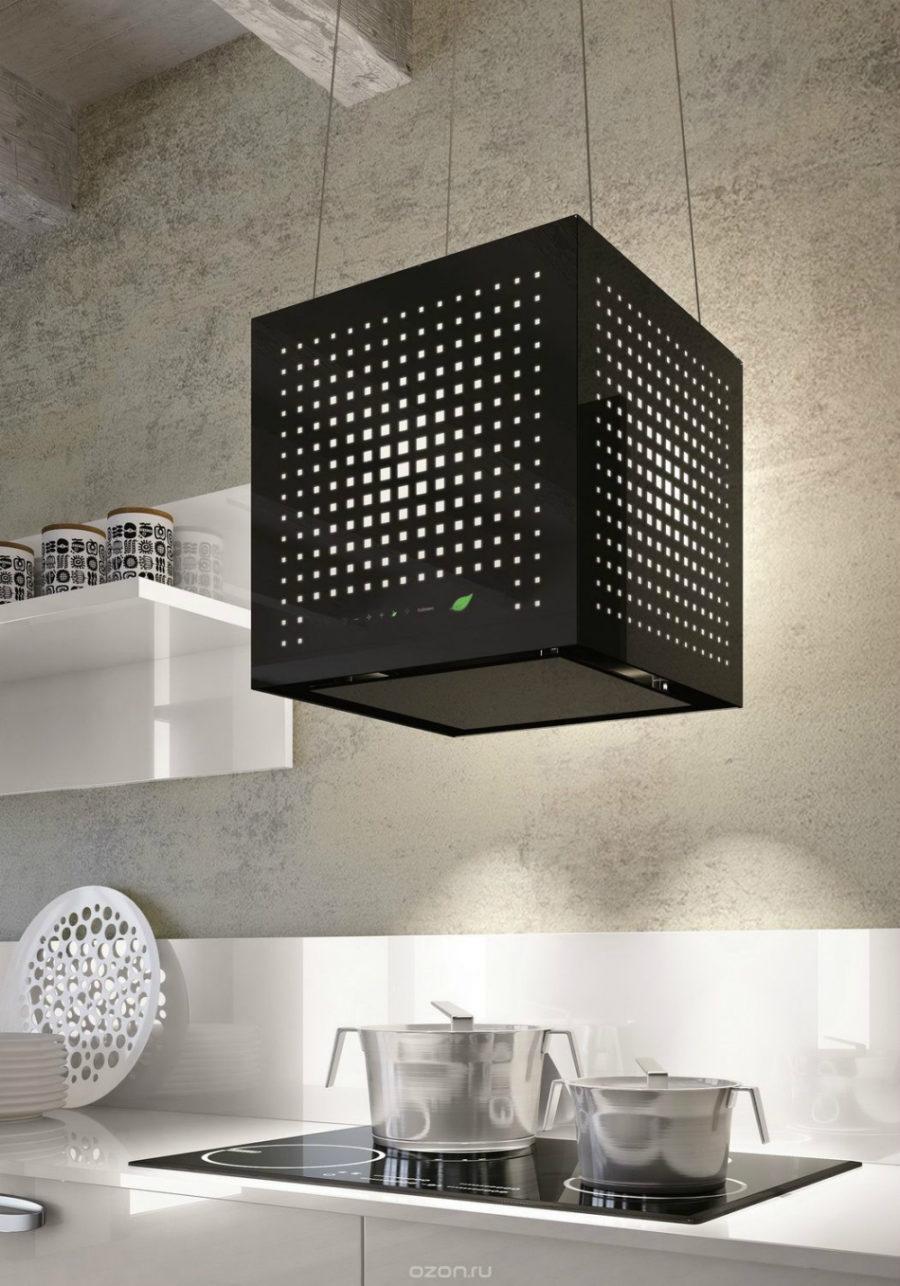 Современные тенденции в дизайне кухни в вашем доме - вытяжка в форме куба