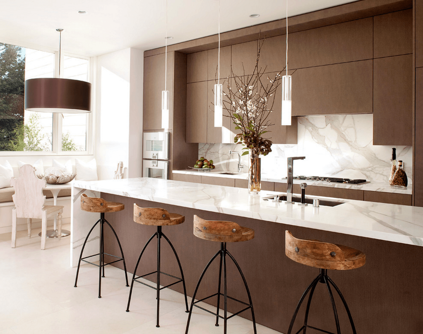 Изменяем освещение кухни: вариант со встроенными лампами