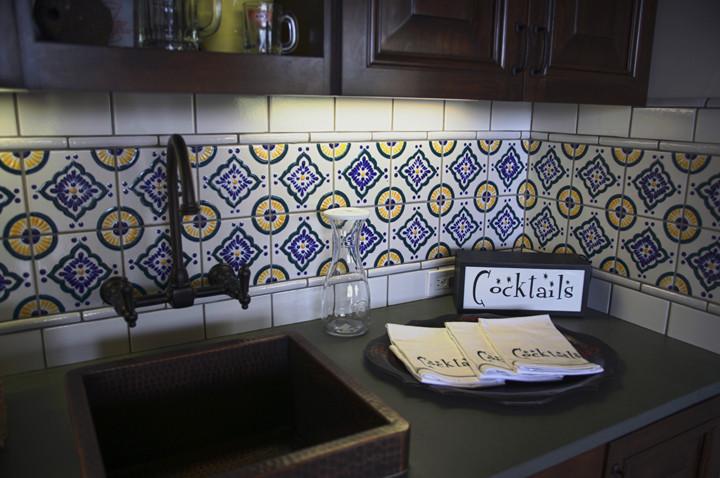 Дизайн интерьера кухни в испанском стиле