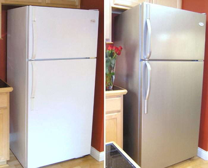Фотоколлаж: холодильник белый пластиковый и окрашенный под нержавеющую сталь