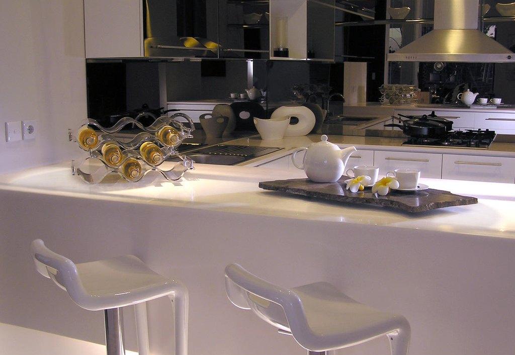 Стили дизайна кухни в белом цвете