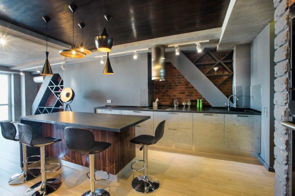 Стили дизайна кухни: оригинальные треугольные полки