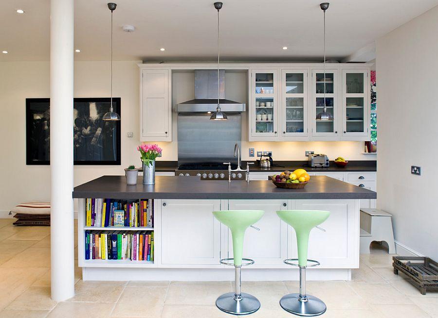 Стильный кухонный остров с открытыми полками в интерьере - Фото 2