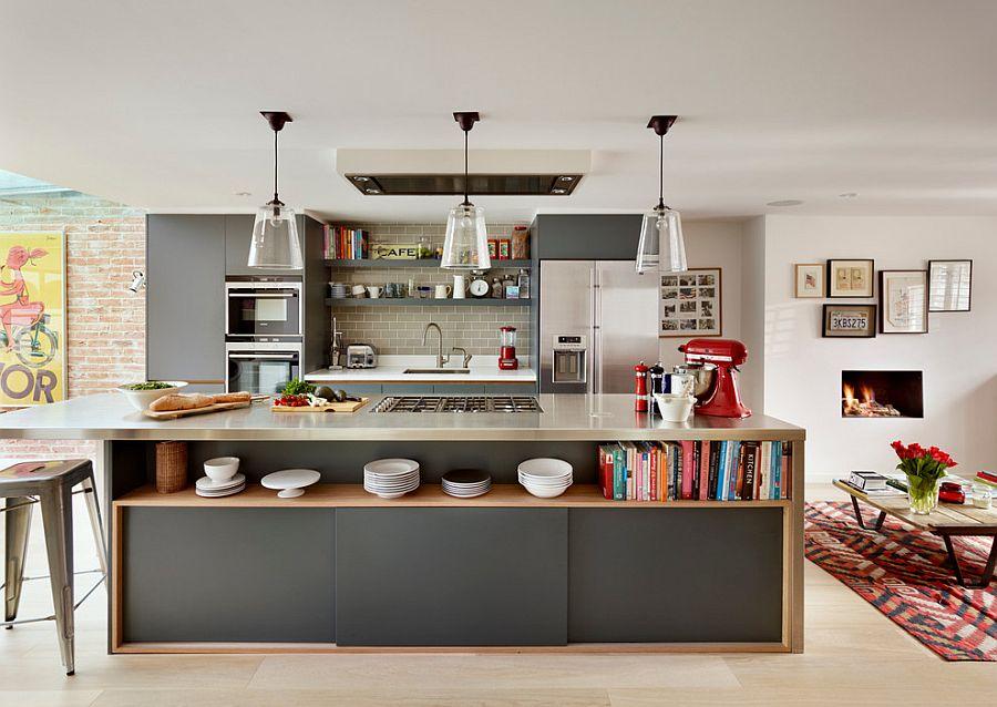 Стильный кухонный остров с открытыми полками в интерьере - Фото 11