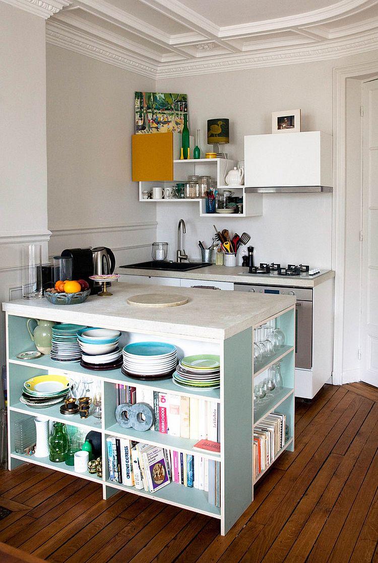 Стильный кухонный остров с открытыми полками в интерьере - Фото 32