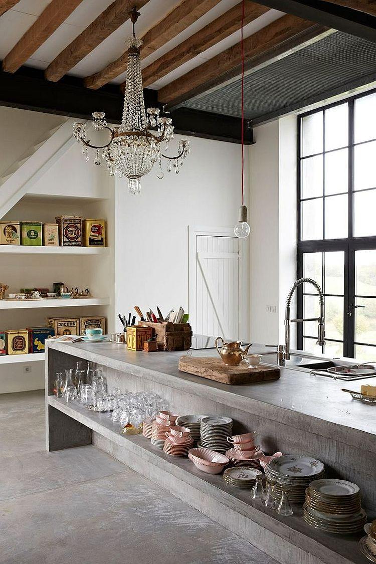 Стильный кухонный остров с открытыми полками в интерьере - Фото 40