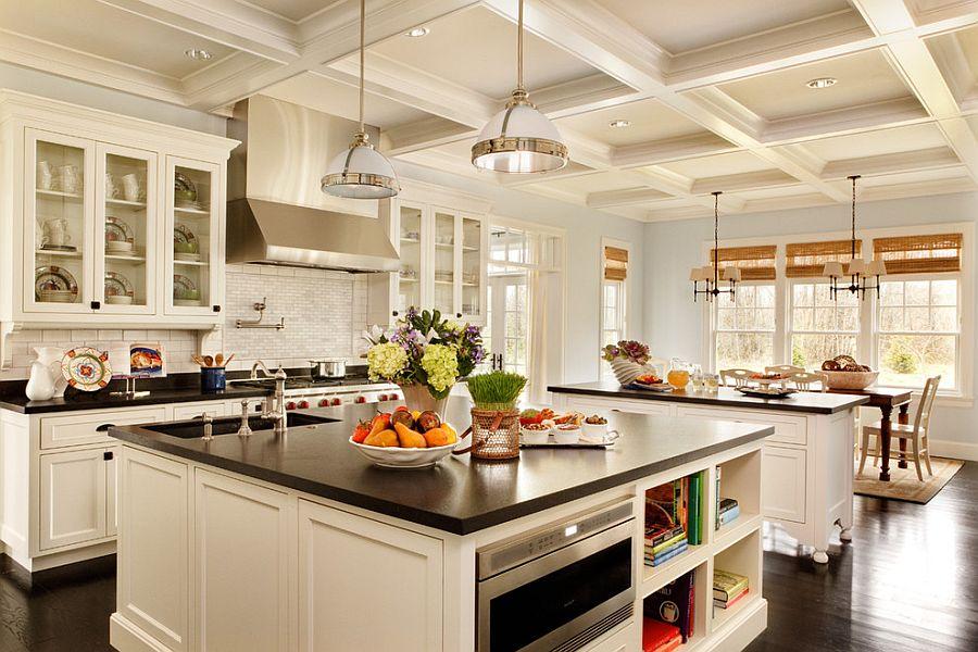 Стильный кухонный остров с открытыми полками в интерьере - Фото 43