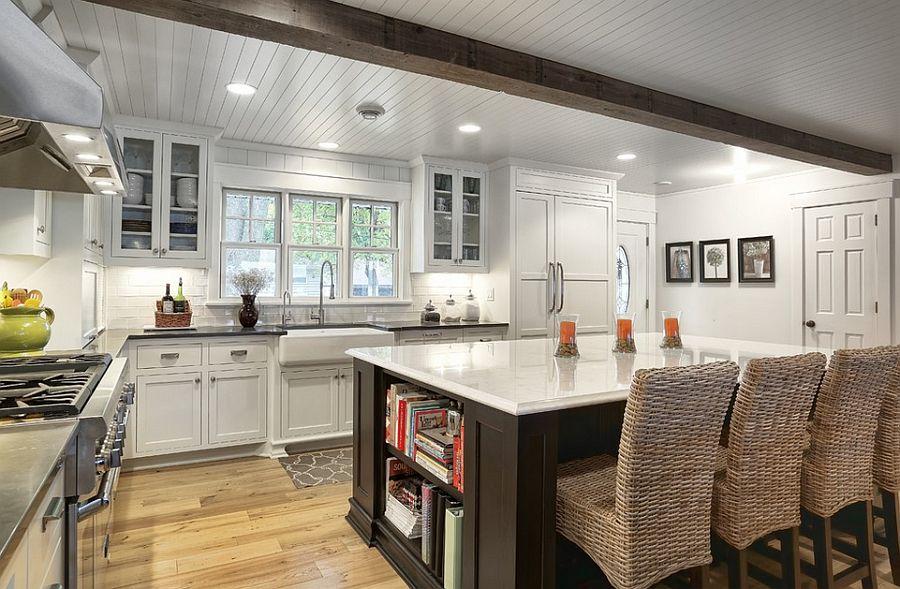 Стильный кухонный остров с открытыми полками в интерьере - Фото 6