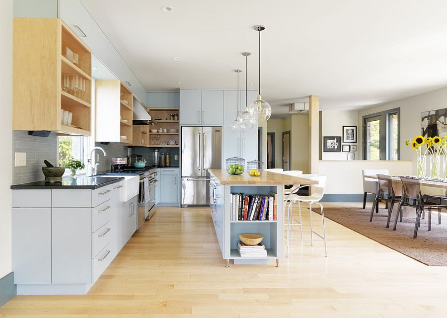 Стильный кухонный остров с открытыми полками в интерьере - Фото 7