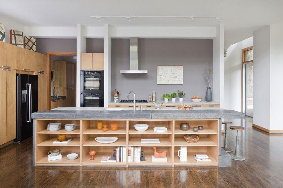Стильный кухонный остров с открытыми полками в интерьере - Фото 25