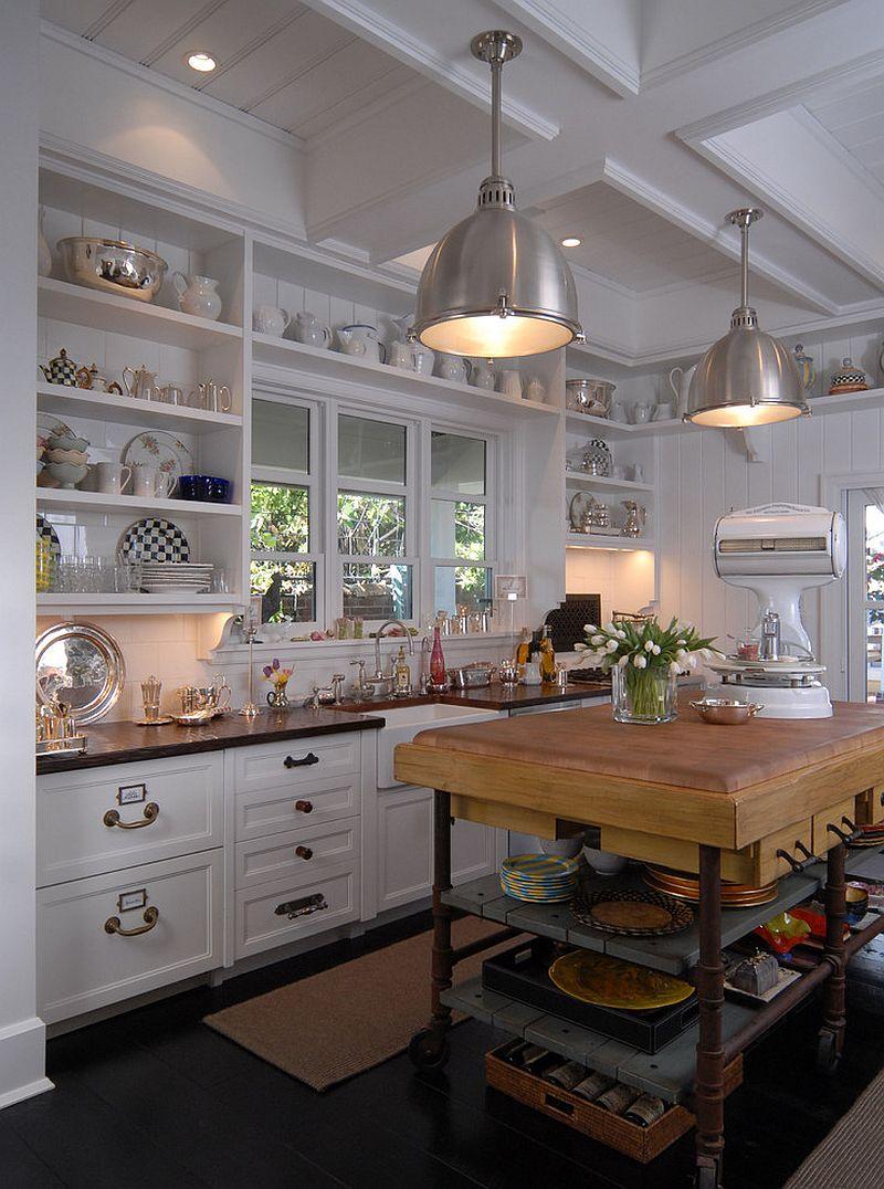 Стильный кухонный остров с открытыми полками в интерьере - Фото 39