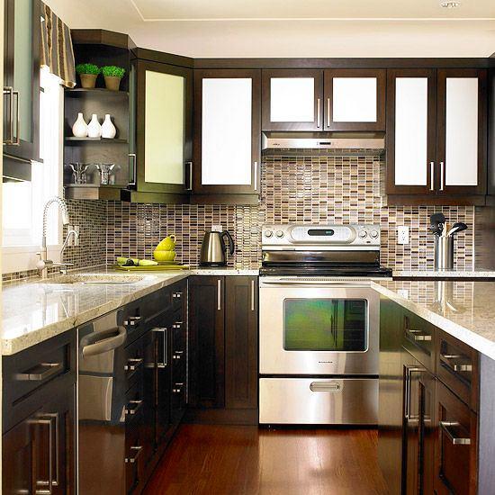Двуцветный дизайн кухни