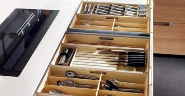 Большой выдвижной ящик для хранения кухонной утвари