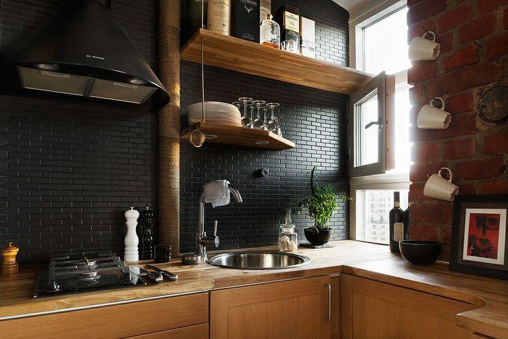 Тенденции в дизайне кухонь 2016 года - чёрная панель из плитки
