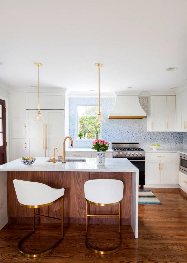 Тенденции в дизайне кухонь 2016 года - интерьер кухни в белом цвете