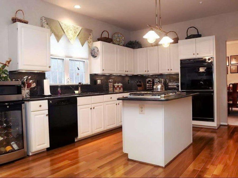 Тенденции в дизайне кухонь - чёрная техника