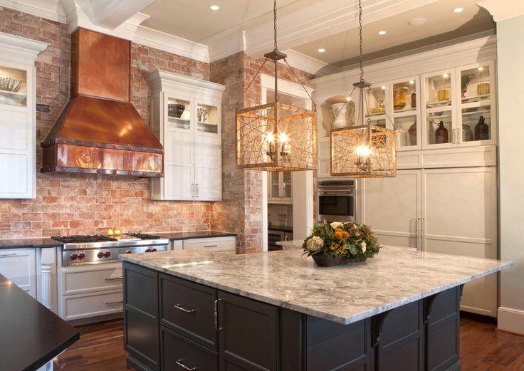 Тенденции в дизайне кухонь - металлические элементы в декоре