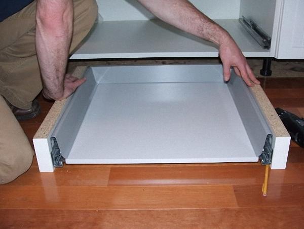 Утановка цокольного ящика своими руками