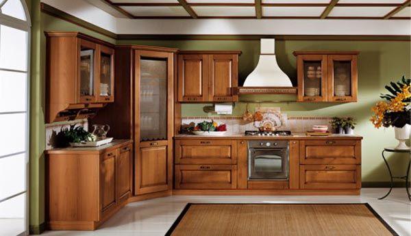 Потрясающий дизайн классического интерьера кухни из натурального дерева