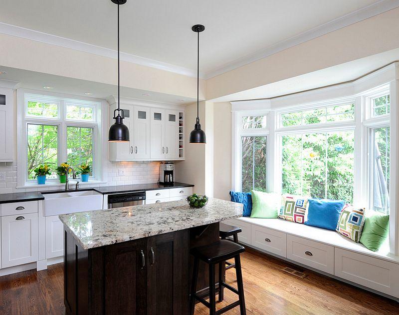 Кухни у окна и диван дизайн