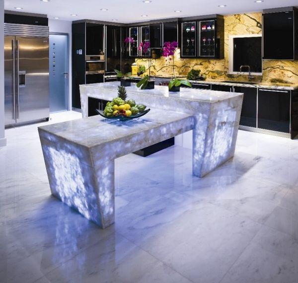 Оригинальный дизайн кухонного стола из кварца