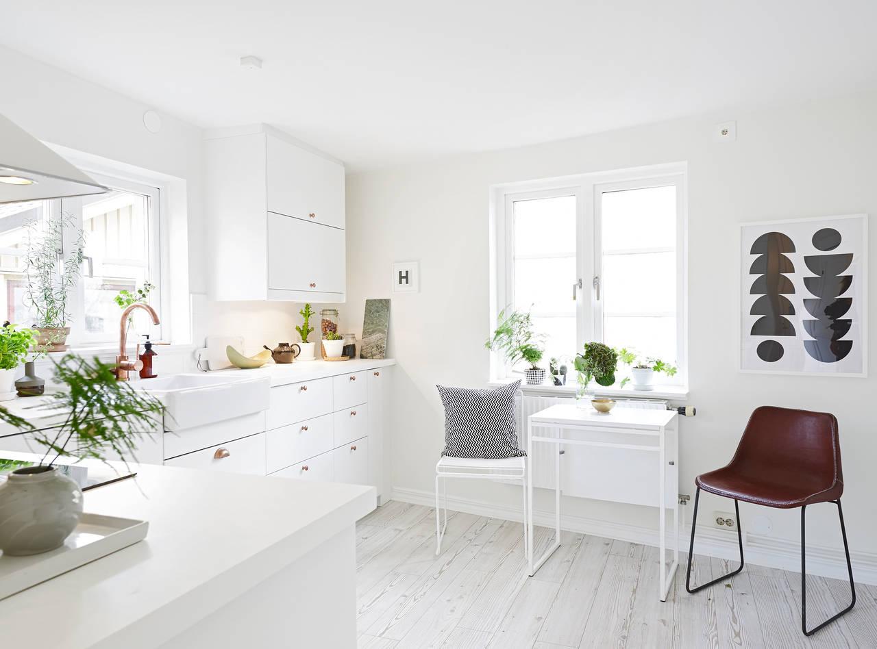 Скандинавский стиль обеденной зоны в интерьере кухни