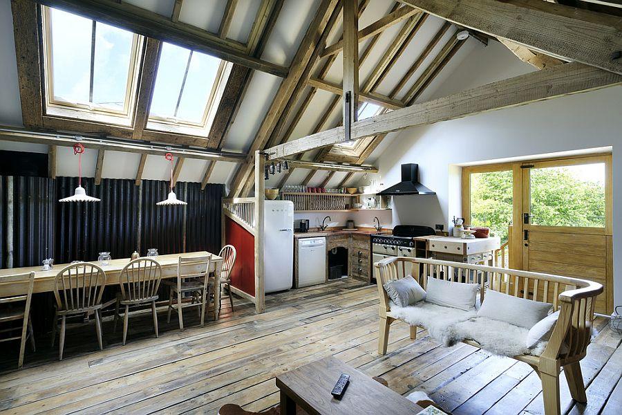 Уютный вариант интерьера кухни - Фото 26