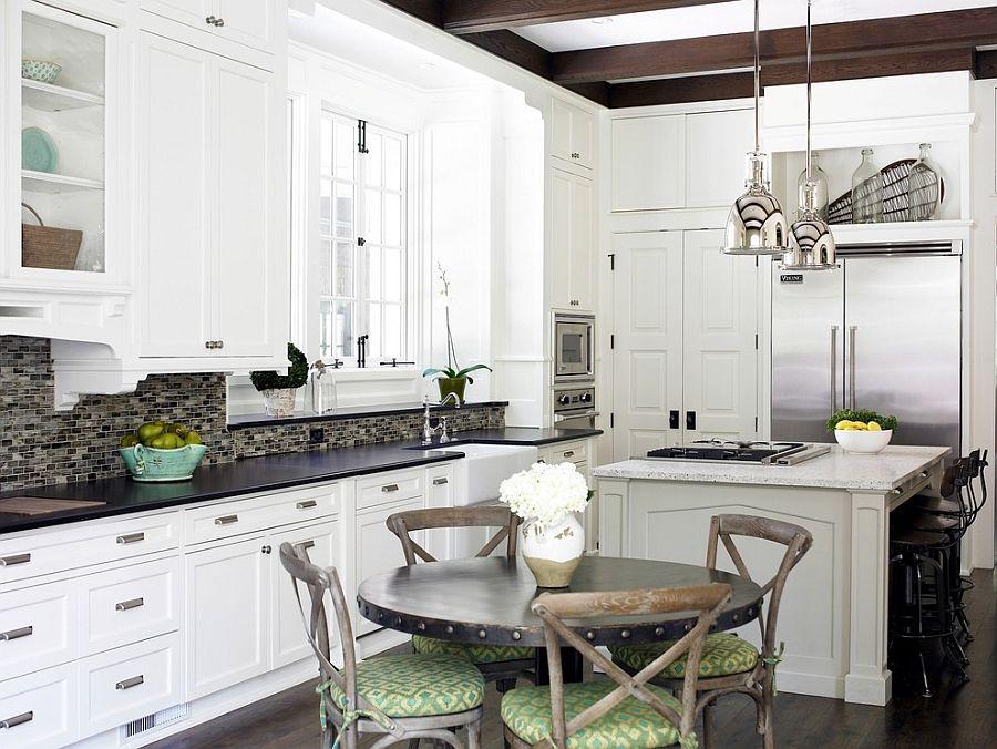 Уютный вариант интерьера кухни - Фото 12