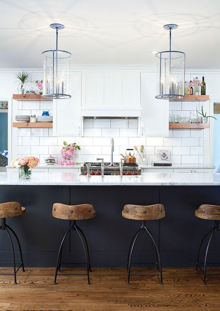 Уютный вариант интерьера кухни - Фото 37
