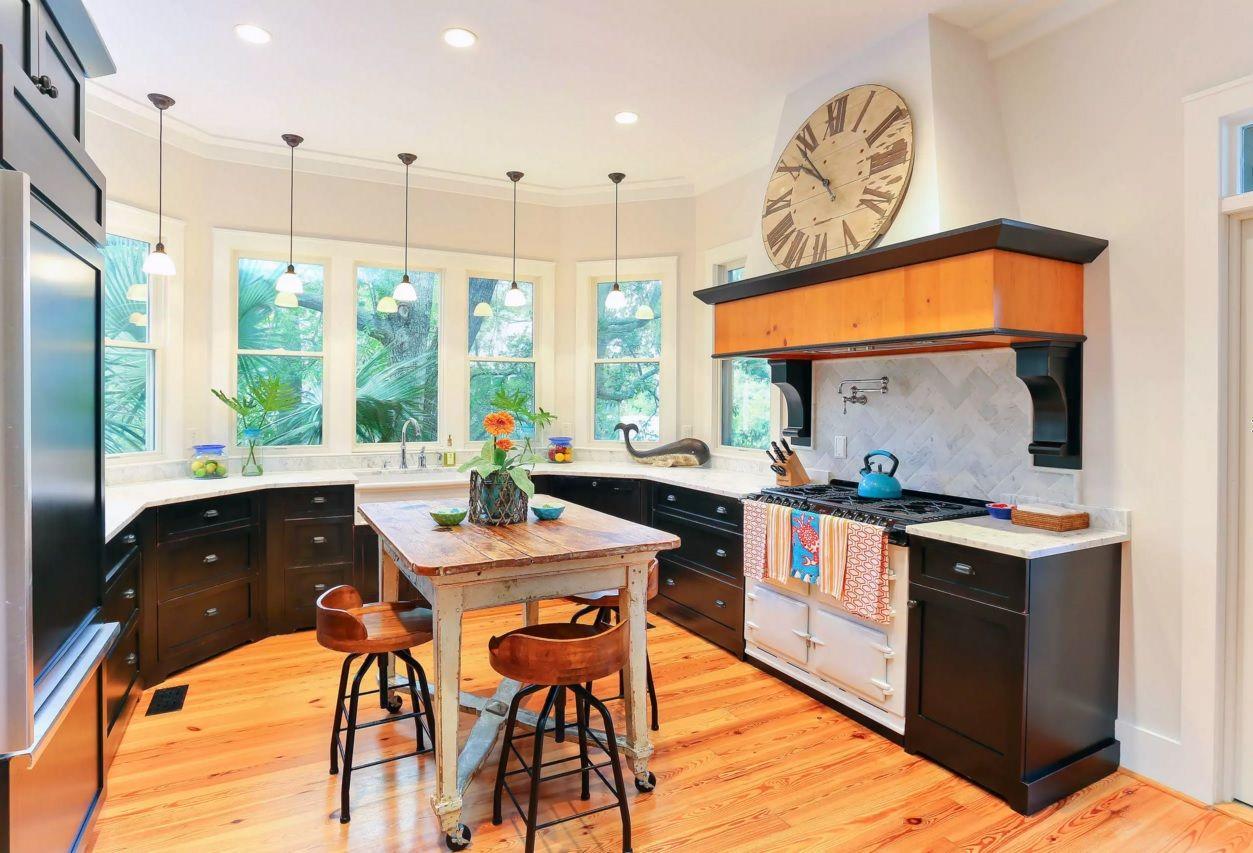 Виды кухонных вытяжек удивят разнообразием