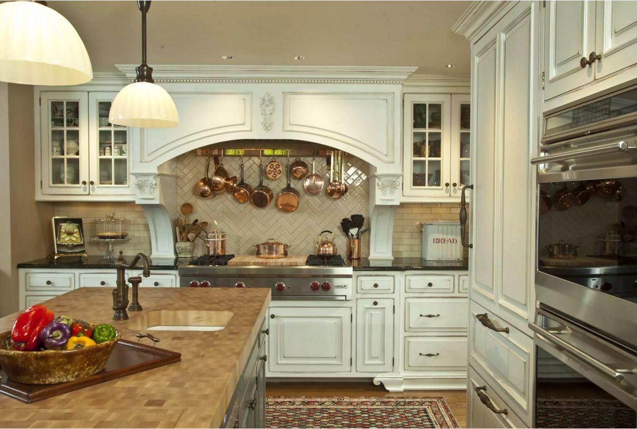 Виды кухонных вытяжек: выбираем с подсветкой
