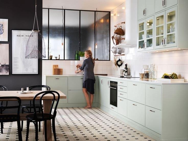 Скандинавский стиль в интерьере кухни в белом цвете