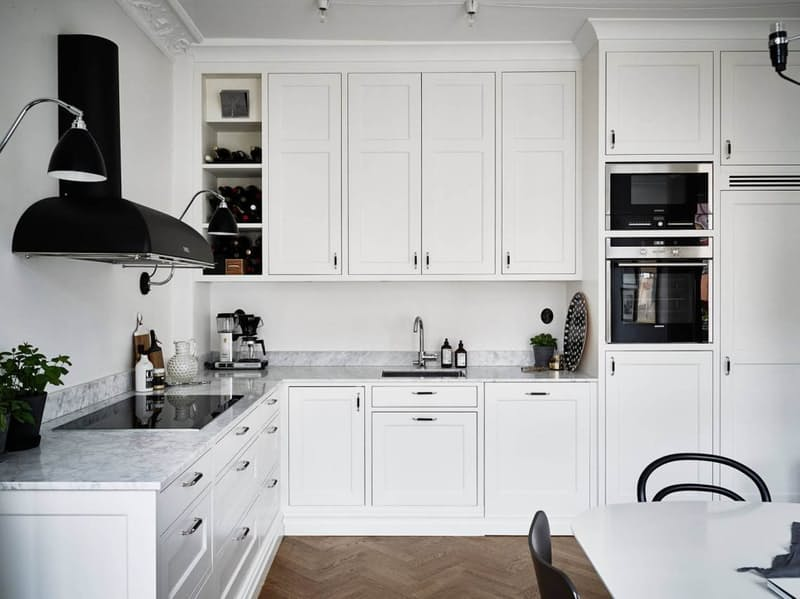 Скандинавский стиль в интерьере кухни с черными акцентами