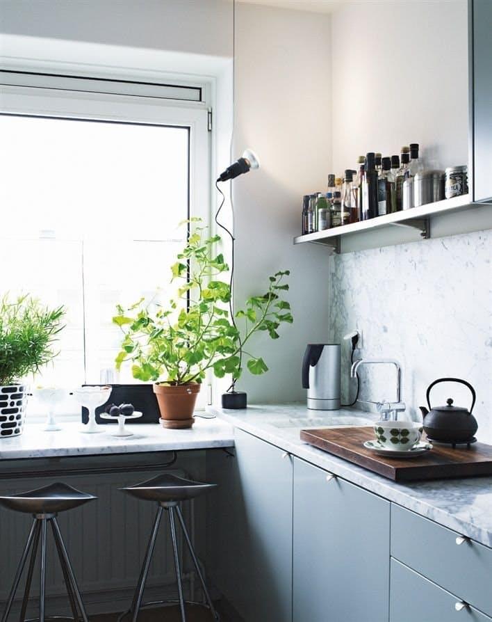 Скандинавский стиль в ультрасовременном интерьере кухни