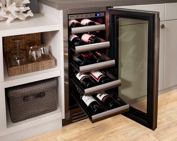 Холодильник для хранения винных бутылок