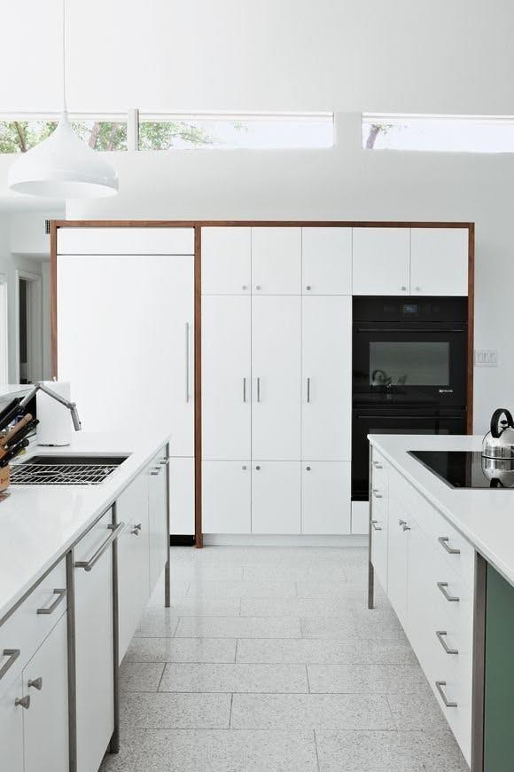 Кухонная столешница из кварцевого камня