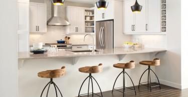 Потрясающий дизайн интерьера кухни в белой гамме от Sabal Homes